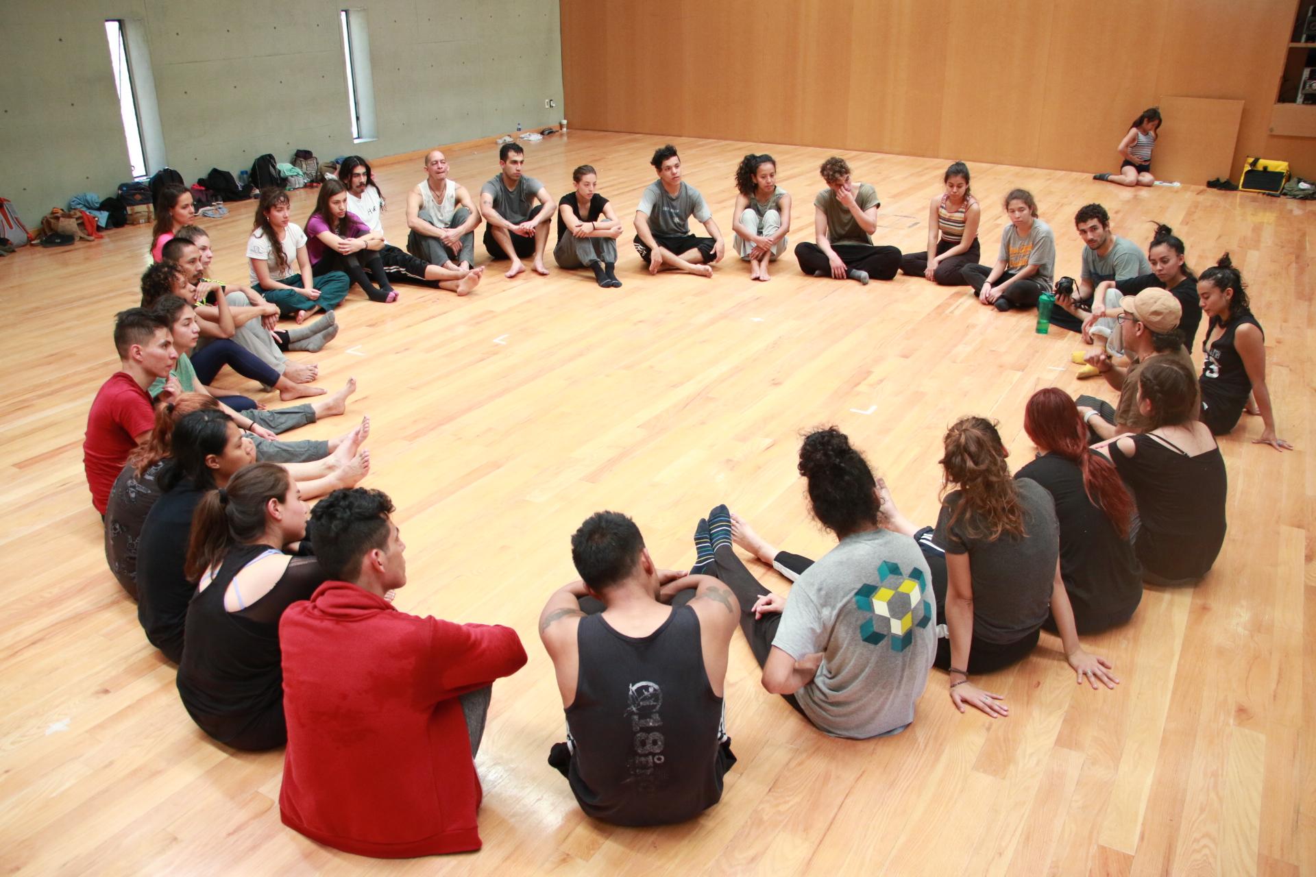 Cuerpo(s) y comunidad  CAMP_IN, Encuentro escénico en Danza UNAM